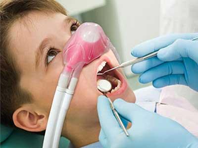 Studio Dentistico Dott. Paolo Papa a Napoli: sedazione inalatoria con protossido d'azoto